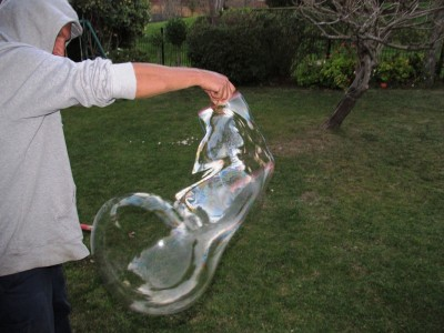MW Giant Bubbles4
